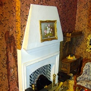Ken Ketteridge padded fire rail. This also shows original fireplace in ...