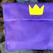 Royal Family Felt Carry Case