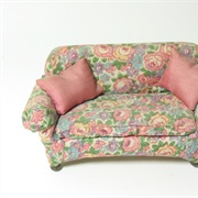 Lovely small scale comfy sofa.