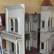 Early G & J Lines' house (model number/date not known)
