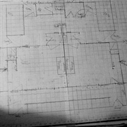 Very smudged, rubbed out and crowded ground plan - 1 cm = 1'