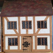 "1:24th scale Tudor House: ""Marguerites"" which sits in my ..."