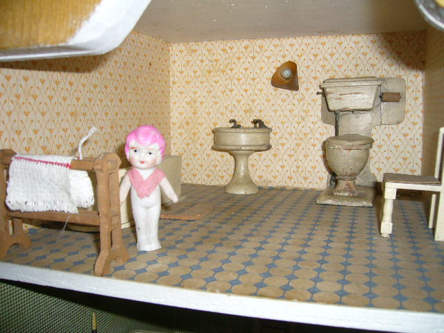 Doll in Triang Princess Bathroom