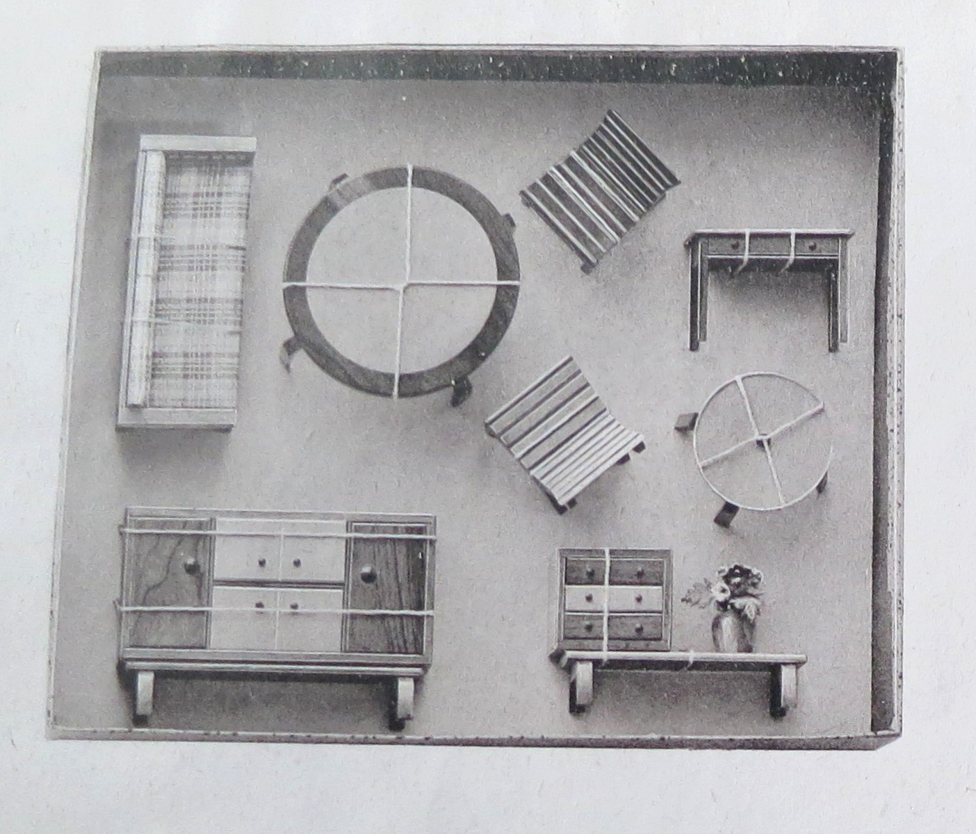Greyscale catalogue photo of living room set by Rülke, ca 1950