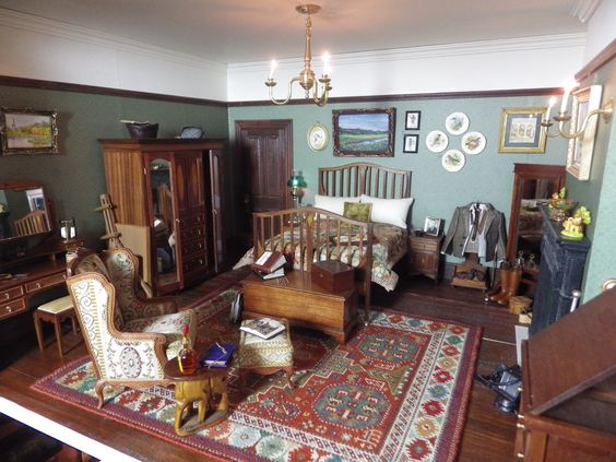 Edwardian Elegance 'Waverton' bedroom suite, including a double wardrobe made up of 115 individual pieces of wood!