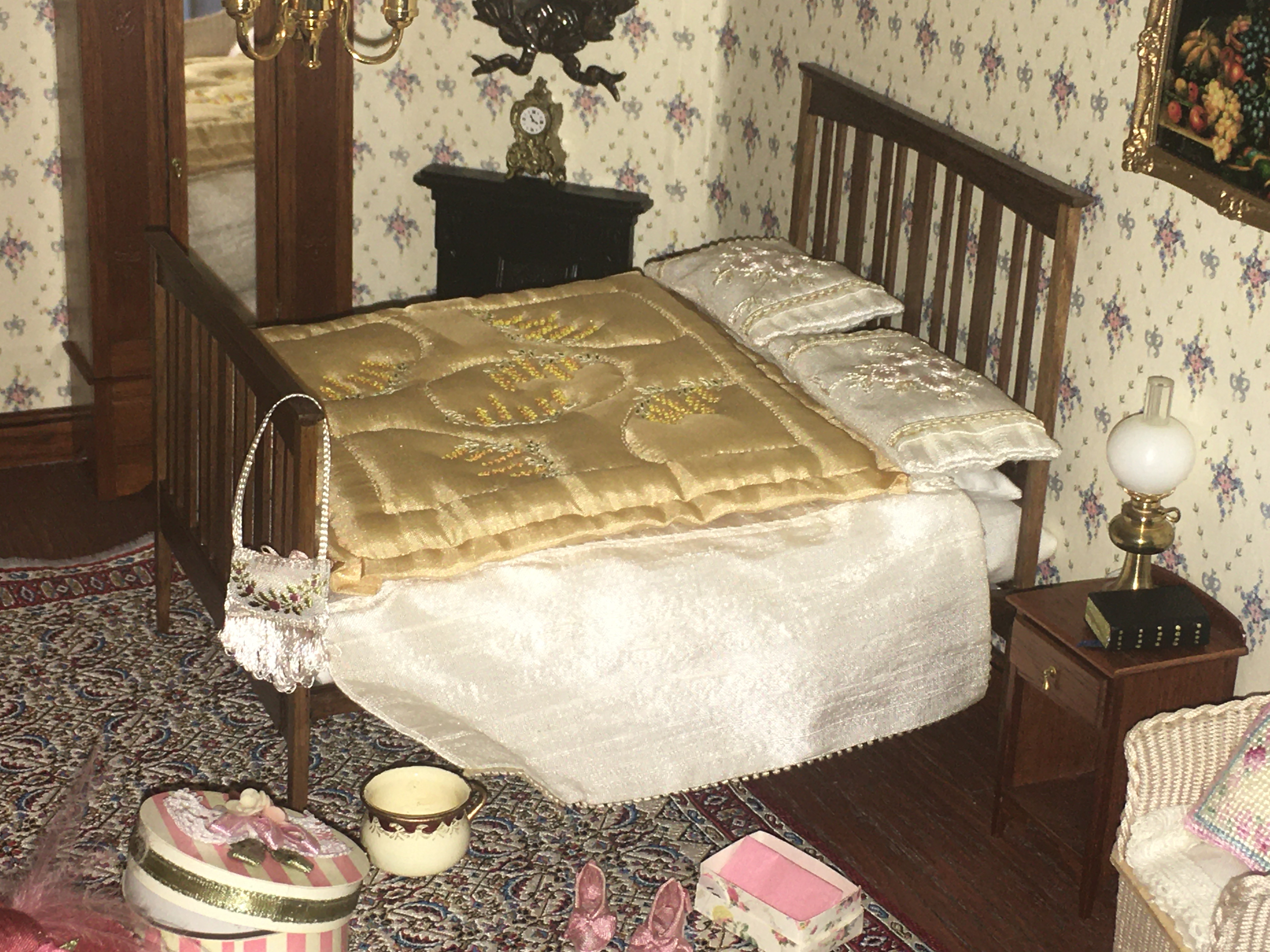 Edwardian Elegance bed with hand-stitched eiderdown by Brenda Brown.